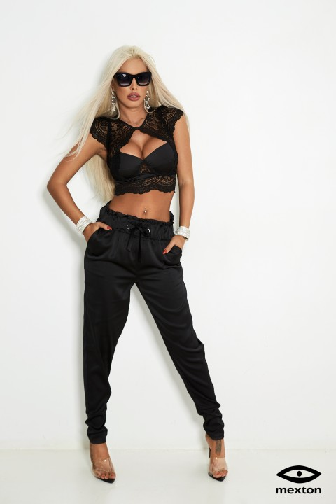 Completo elegante pantalone e crop top in nero con pizzo.