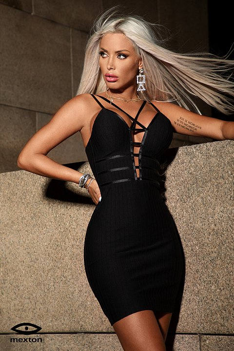 Minidress elegante nero.