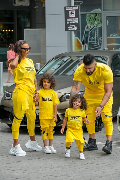 Sports suit for girl / boy in yellow color.