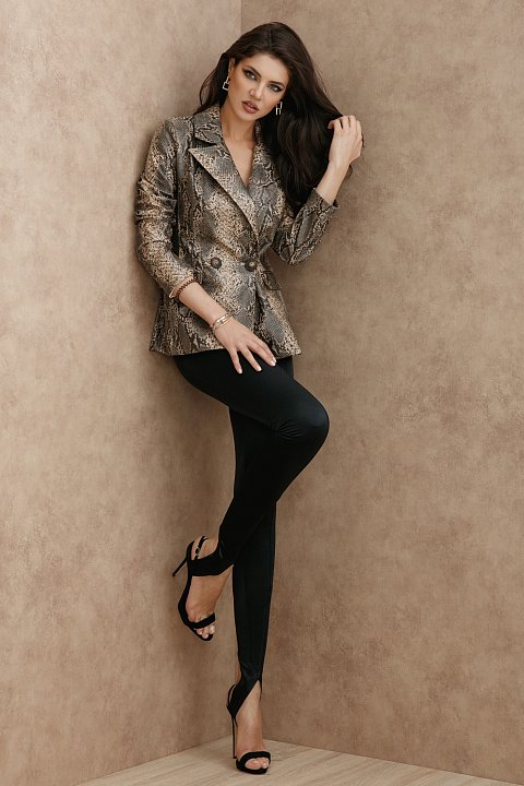Giacca blazer animalier in ecopelle.