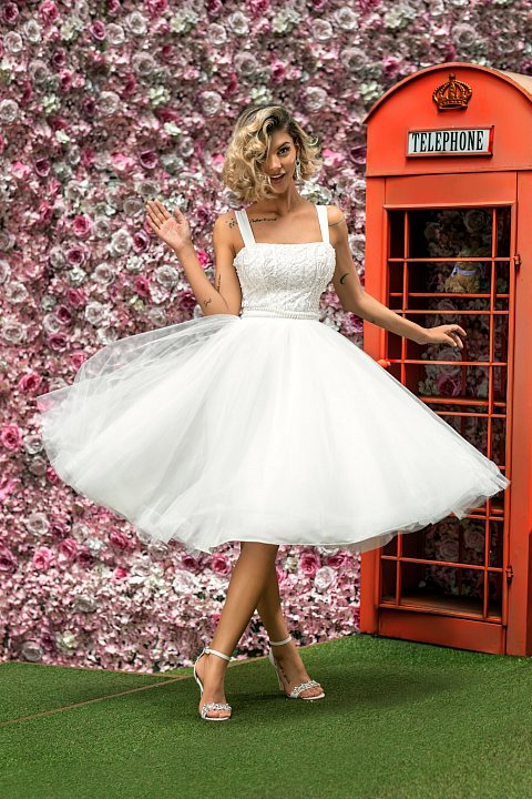 White princess dress with tulle and embroidery