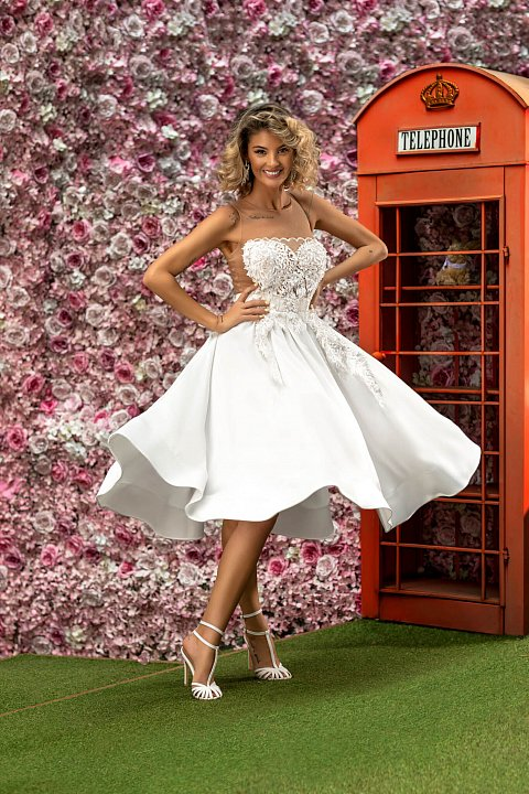 White princess dress with embroidery.