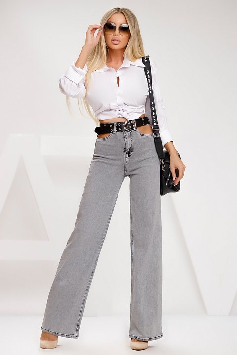 Flared jeans in gray wash.