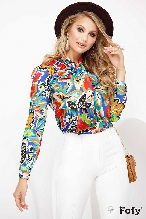 Multicolor leaves patterned shirt with scarf.