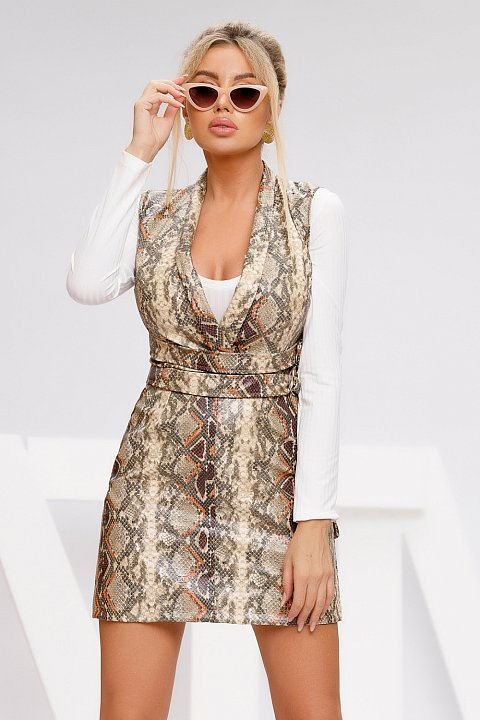 Casual minidress in reptile print faux leather.