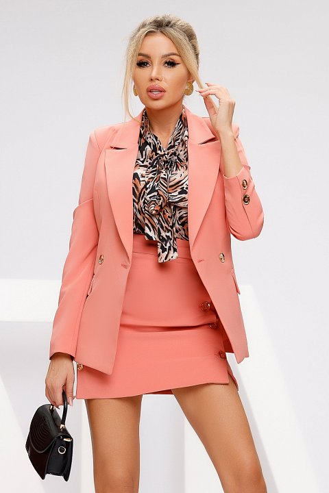 Double-breasted jacket in salmon pink cady.