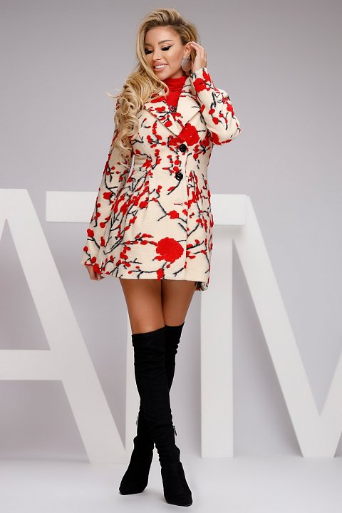 3/4 coat in beige cloth with red flowers.